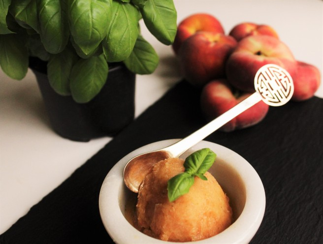 Peach and basil frozen yoghurt (3)